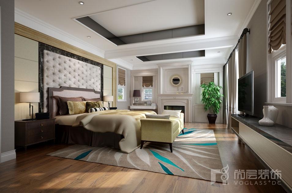 别墅设计师装修家庭室时采用简约的吊顶,高级灰的墙面,质感柔软的