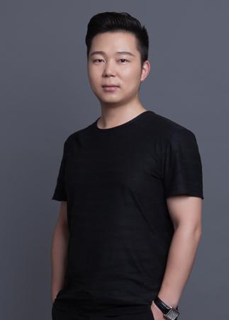 李哲浩设计师