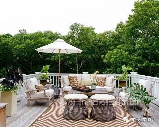 南京装修百科 联排别墅庭院如何设计      ●在庭院中规划一个小储存