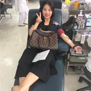 献爱心,送真情 浦西尚层无偿献血公益活动