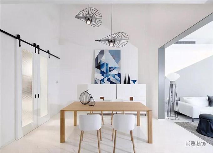 家的幻梦,与光影几何的艺术品