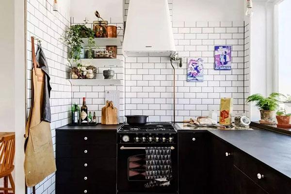 拯救为你在厨房热炸还做饭的爱人攻略
