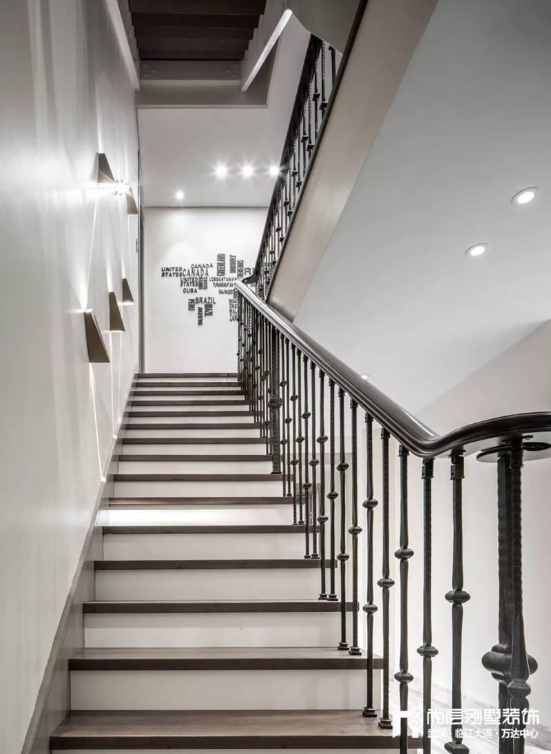尚层装饰别墅全案设计楼梯装修效果