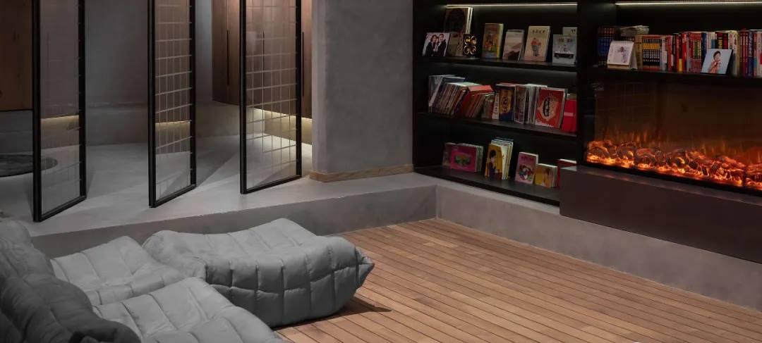 尚层别墅装修业主家地下室休闲厅设计效果