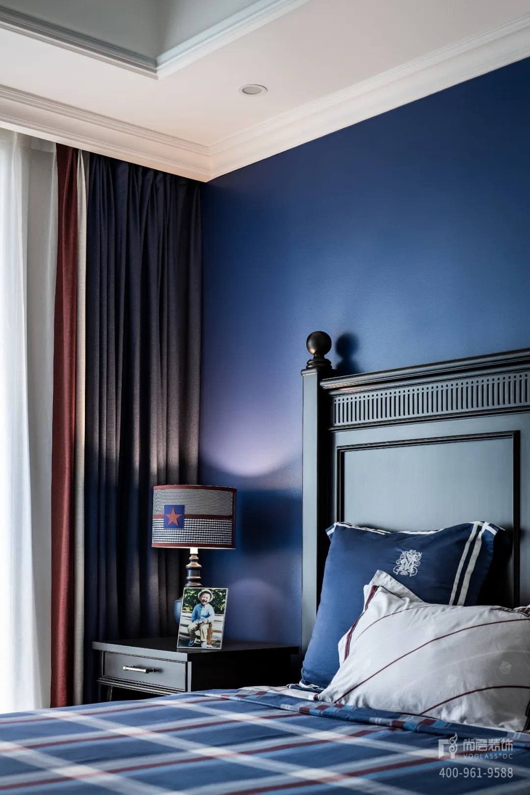 尚层装饰实景装修案例主卧室床头柜装修调