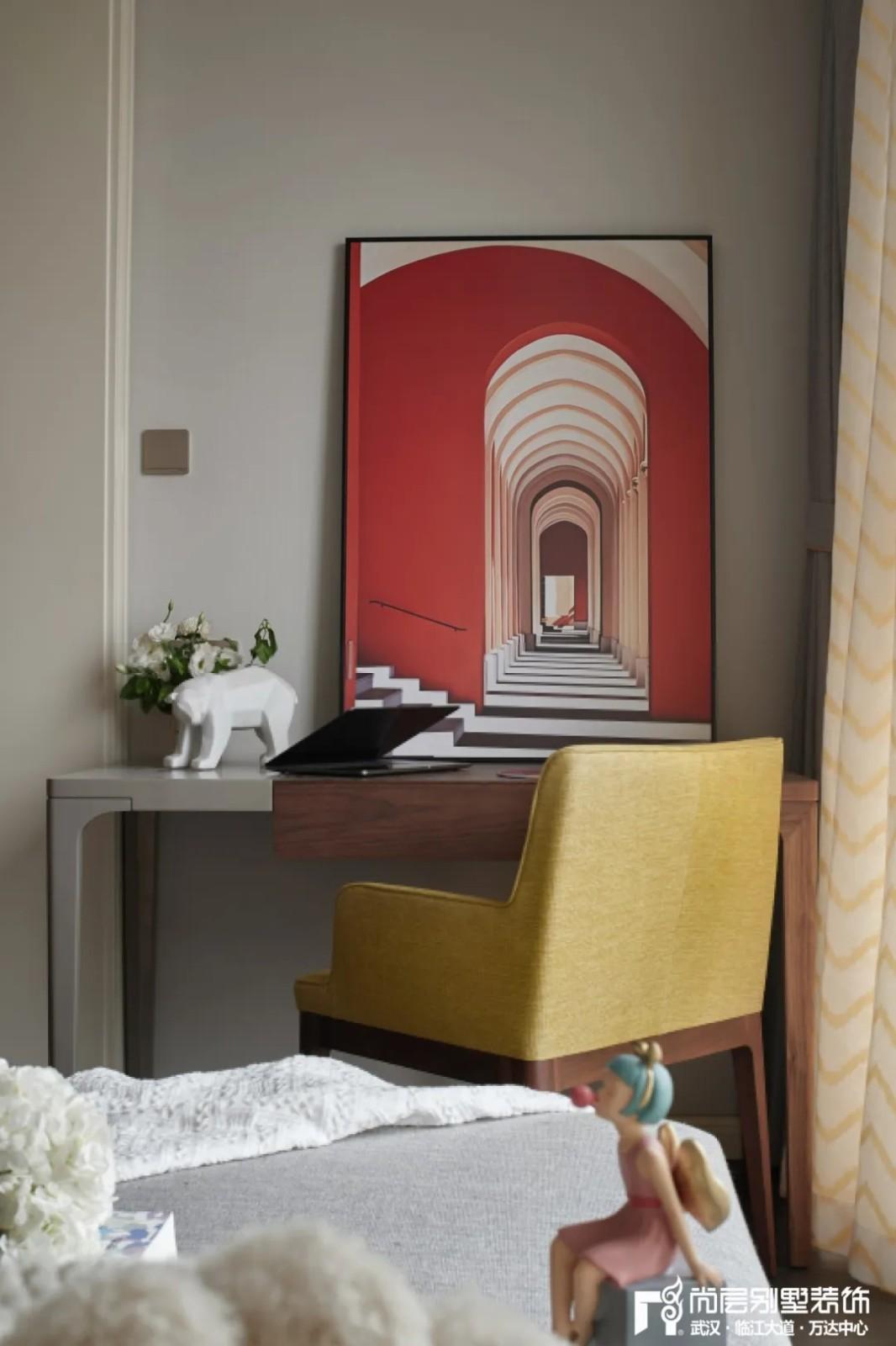 轻奢法式风别墅装饰次卧室装饰画