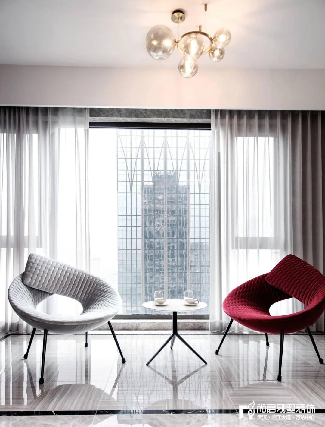尚层实景别墅装修案例客厅设计