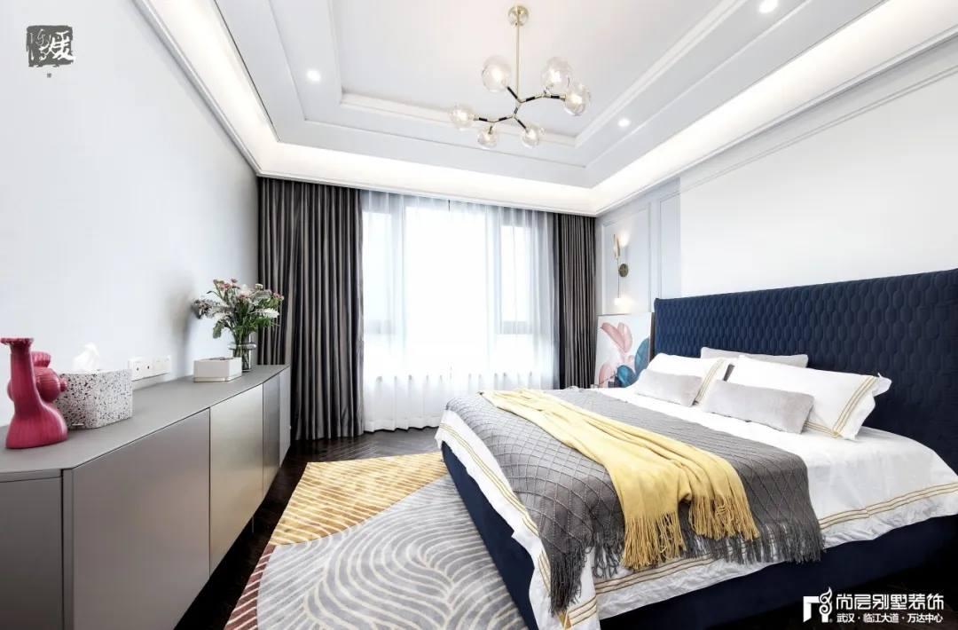尚层别墅装修实景案例主卧室设计