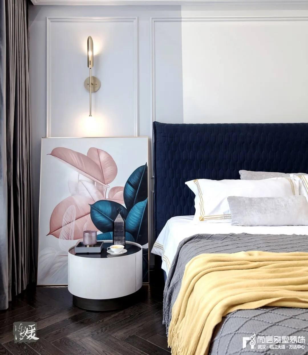 尚层别墅装修实景案例主卧室细节设计