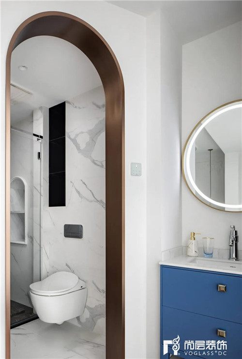 尚层220平现代法式风格别墅女儿房卫生间洗漱台设计